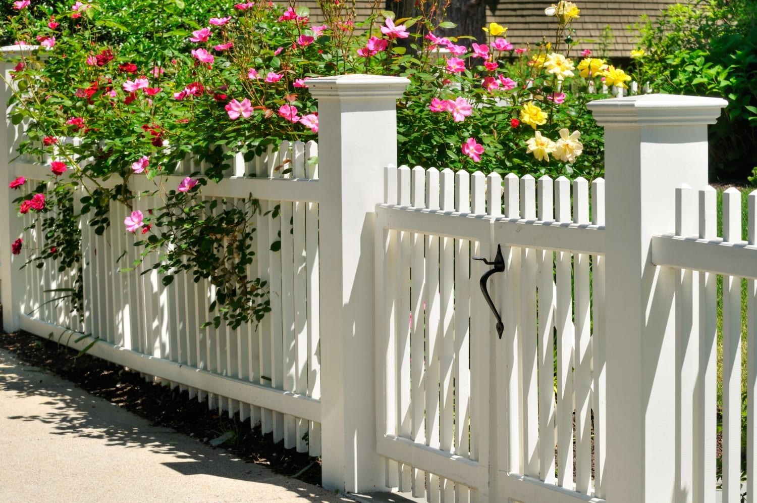 How To Choose A Front Yard Fence