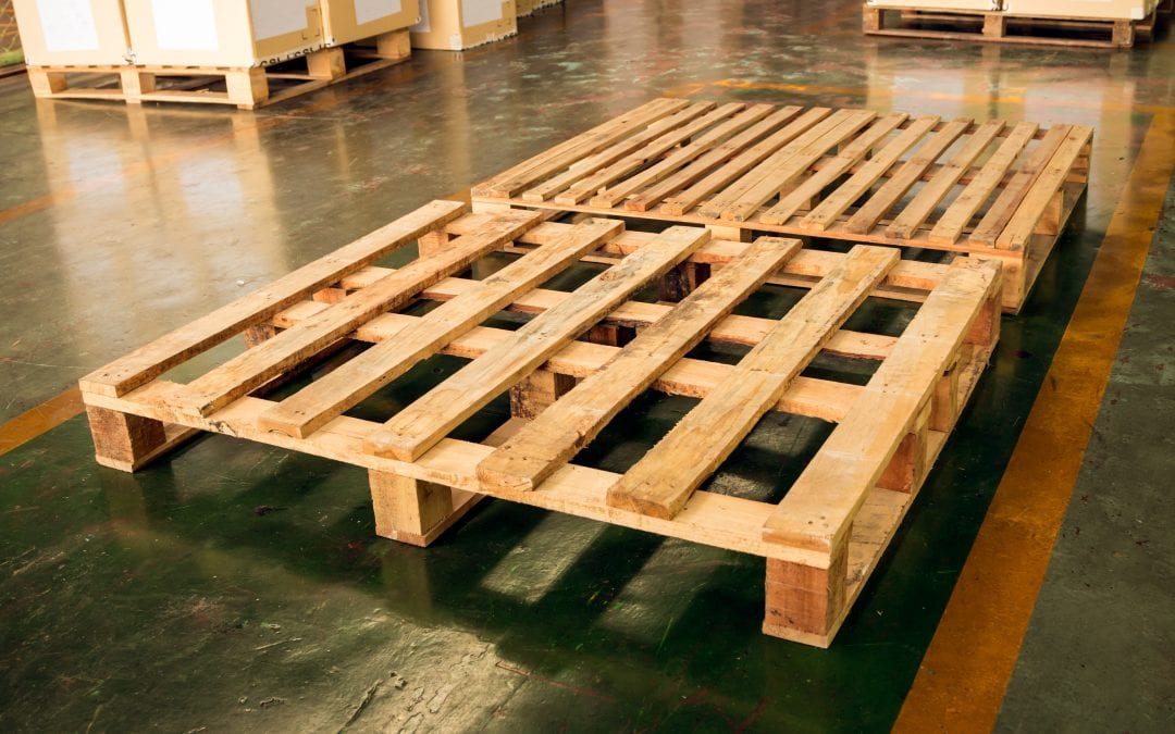 Building a Fence with Pallets